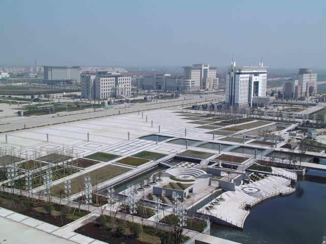 市区人民广场