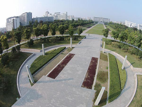 市政局广场景观